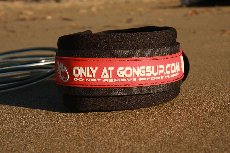 gongkneeleash024